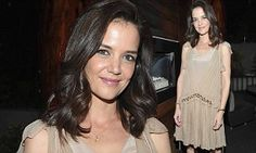 Katie Holmes dons flapper-style dress for star studded book release   Daily Mail Online