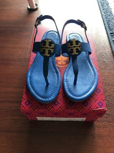 dd5b8b215f5 Tory Burch Blue Bryce flat thong sandal vegan Pleather Women Size 5.5 Shoes   fashion