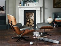 vitra-ambiente-lounge-chair-beauty-ltr-rotary-tray-akari_zoom.jpg (1200×900)