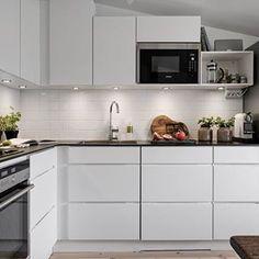 photo via alvhem.com ~ #kitchen #interiors #decor #cozinha #decoração #scandinavian #escandinavo
