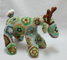 African Flower Crochet Deer Forest Fairy Tale by ZayaLosya on Etsy African Flower Crochet Animals, Crochet Animal Patterns, Crochet Stitches Patterns, Stuffed Animal Patterns, Flower Patterns, Crochet Deer, Crochet Flowers, Crochet Toys, Knit Crochet