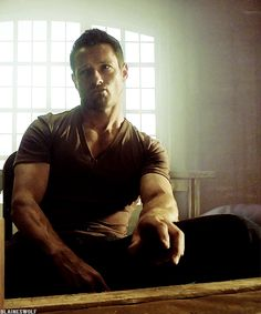 Ian Bohen as Peter Hale in Teen Wolf.  It worries me that I like him this much…because basically he portrays a sociopath. O.o.