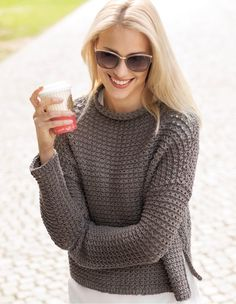 38 ideas for knitting pullover libraries Sweater Knitting Patterns, Knit Patterns, Pullover Mode, Angora, Knitting For Kids, Sweater Fashion, Pulls, Cardigans For Women, Knit Dress