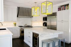 love the pop of color in this kitchen!!!