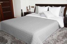 Dwustronne narzuty i kapy na łóżko w kolorze szaro białym