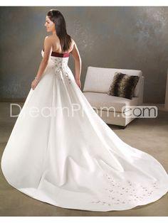 Glorious A-line Sweetheart Floor-length Chapel Appliques Plus Size Wedding Dresses