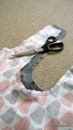 Making reversible bag