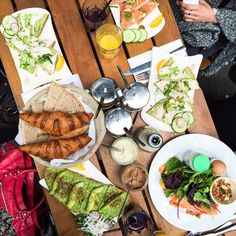 Sunday brunch with girls at @LPQFR  #yummers