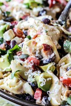 Southwest Pepper Jack Tortellini Salad with Creamy Salsa Dressing | http://www.carlsbadcravings.com/southwest-pepper-jack-tortellini-salad-with-creamy-salsa-dressing-recipe/