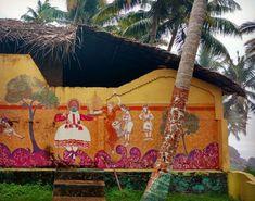 Picture courtesy: @suranjeeta Kathakali dancers ❤ #beachlove #streetart #kathakali #incredibleindia #bloggers #bloggerindia #love #varkala #kerela #inspire #amuseus #coconuttrees #sea #colors #art #beauty #painting #travelogue #travel #wanderlust #preety #danceindia #classicaldance
