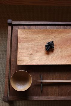 Think!Forest森想木工舎_RECENT Works Japanese Home Decor, Japanese Interior, Japanese House, Japanese Tools, Wabi Sabi, Asian Kitchen, Wooden Plates, Tea Art, Wood Cutting Boards