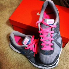 separation shoes df05c fe968 Grey Nikes, Pink Nikes, Grey Nike Sneakers, Nike Shoes, Nike Wear,