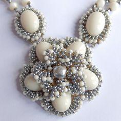 RARE Vintage MIRIAM HASKELL Gray BAROQUE PEARL ART Glass Bead Flower Necklace #MiriamHaskell #Pendant