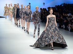 2015 Tokyo Fashion Week: Fifty-two exciting designers were involved in this year's Tokyo Fashion Week, which makes the Tokyo Fashion show a great success.