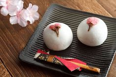 Sakura manju (Cherry blossom bun)