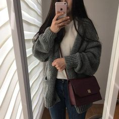Korean Fashion Trends you can Steal – Designer Fashion Tips Ulzzang Fashion, Asian Fashion, Look Fashion, Winter Fashion, Fashion Outfits, Nerd Fashion, Fashion Edgy, Fashion Clothes, Korean Dress