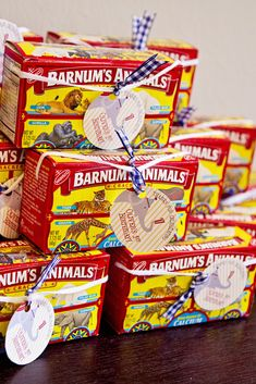 Animal crackers as a for a circus-themed party! Stoll you will always understand my love for animal crackers sissy! Oh our college days in Washington! Circus Carnival Party, Circus Theme Party, Carnival Birthday Parties, Carnival Themes, First Birthday Parties, Birthday Party Themes, Birthday Ideas, Carnival Snacks, Circus Food