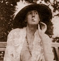 Virginia Woolf's Death: Reactions from the Public