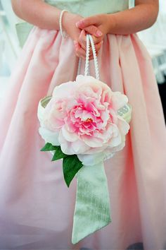 Pretty pink flower girl basket, photo by Cheri Pearl Photography