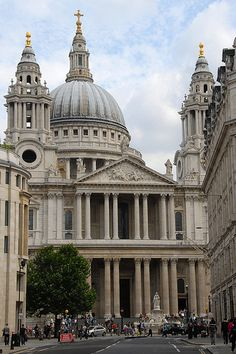 St Paul's Cathedral...