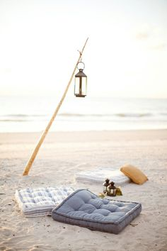 Casual beach lounge by Lucia|Paul Design | Photo: KT Merry