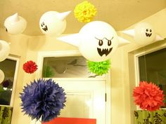 Boo Ghosts Balloons and Pom Pom decorations for Mario Themed Birthday Party Super Mario Party, Super Mario Birthday, Mario Birthday Party, Birthday Party Themes, 5th Birthday, Birthday Ideas, Birthday Balloons, Monster Party, Video Game Party