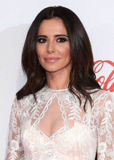 The former Girls Aloud star was physically sick after learning of her husband's betrayals in 2010 - the second time he'd been accused of cheating Cheryl Ann Tweedy, Cheryl Fernandez Versini, Hollywood Girls, Girls Aloud, Cheryl Cole, Black And White Tops, Digital Art Girl, Sexy Older Women, Modern Photography