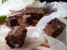 Brownies al cioccolato fondente e nocciole