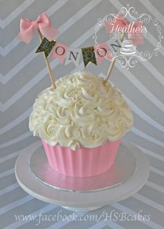 Giant Cupcake Cake Heathers Sweets Boutique Facebook HSBcakes