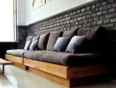 Mieszkanie z ceglanymi ścianami