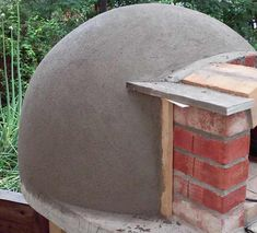 Build A Pizza Oven, Diy Pizza Oven, Pizza Oven Outdoor, Pizza Ovens, Wood Fired Oven, Wood Fired Pizza, Garden Bbq Ideas, Patio Ideas, Outdoor Kitchen Bars