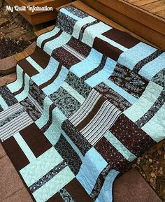 Super easy and cute! Could work well for boys, girls, couch blankets, baby blankets, etc. Think I'll try one!
