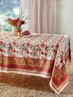 Red and Red//Purple Hibiscis with Tropical Pink Flowers Vinyl Flannel Back Tablecloth 52 x 90 Oblong