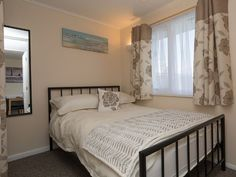 Modern luxury chalets in California, Great Yarmouth Short Walk to Stunning Beach - East Anglia, UK. Great Yarmouth, Modern Luxury, California, Bedroom, Beach, Holiday, House, Furniture, Home Decor