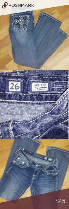 🌼 Miss Me Jean's Sold in Shop Excellent condition 26 waist 30 inch inseam Boot cut Miss Me Jeans Boot Cut