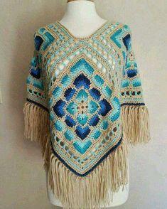 Transcendent Crochet a Solid Granny Square Ideas. Inconceivable Crochet a Solid Granny Square Ideas. Crochet Diy, Beau Crochet, Pull Crochet, Chunky Crochet, Crochet Poncho Patterns, Crochet Scarves, Crochet Shawl, Crochet Clothes, Shawl Patterns