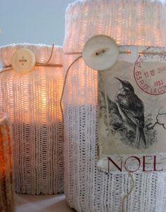 ancora per sfruttare i barattoli, idee con vecchi calzini , ma belle spt le decorazioni! spago, bottoni, immagini...