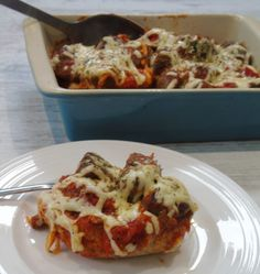Syn Free Cheesy Oven Baked Meatball Subs - Basement Bakehouse Baked Meatball Subs, Oven Baked Meatballs, Meatball Bake, Homemade Tomato Sauce, Syn Free, Muscle Food, Slimming World Recipes, Easy Food To Make, Few Ingredients