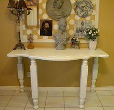 Ms Bingles Vintage Christmas: *Turn a HeadBoard into a Table*