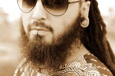 beard and piercing marcus bittencourt