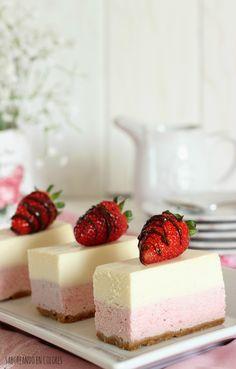 Este Gateaux de frambuesas y chocolate blanco es ideal como broche de oro para una comida con muchos invitados. Para lucirse!