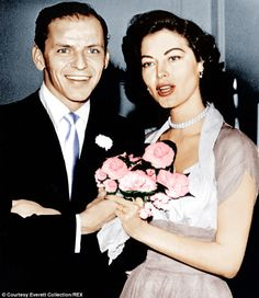 Frank Sinatra bumped into Ava Gardner a few times, on film sets and at nightclubs. But it was a magazine cover that launched one of Hollywood's most tempestuous love affairs. 1940s Actresses, Old Hollywood Actresses, Hollywood Couples, Vintage Hollywood, Hollywood Glamour, Classic Hollywood, Hollywood Stars, Ava Gardner Old, Ava Gardner Movies