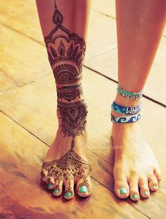 Best Foot Tattoo Designs and Ideas14-Henna Temporary Tattoo