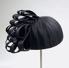 Woman's bubble hat   United States, circa 1967   Material: silk   Los Angeles County Museum of Art, LACMA