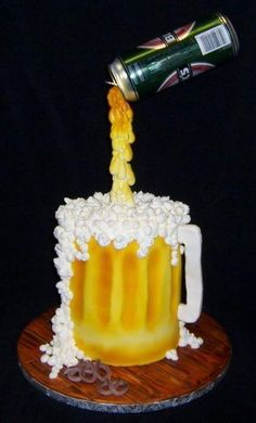 Pouring Beer Cake - Made for a friends birthday, he loved it! was a lot of fun… Birthday Cakes For Men, Adult Birthday Cakes, 40th Birthday Cake For Men, 50 Birthday, Dad Cake, 50th Cake, Cupcakes, Cupcake Cakes, Beer Mug Cake