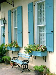 Blog Achados de Decoração, portas e janelas coloridas
