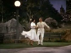 FRED ASTAIRE and CYD CHARISSE - Dancing in the dark, at the Central Park