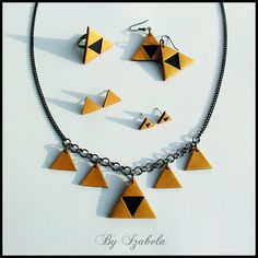 Triforce jewelry / The legend of Zelda jewelry / Black and gold color / Handmade Polymer clay jewelry / Golden triangles / Zelda series