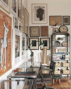DECOR ; INTERIORS ; ROOMS ; ART