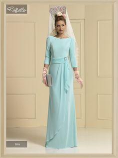 vestido fiesta valladolid Bridesmaid Dresses, Wedding Dresses, Wedding Looks, African Dress, All About Fashion, The Dress, Skirt Outfits, Green Dress, Sheath Dress